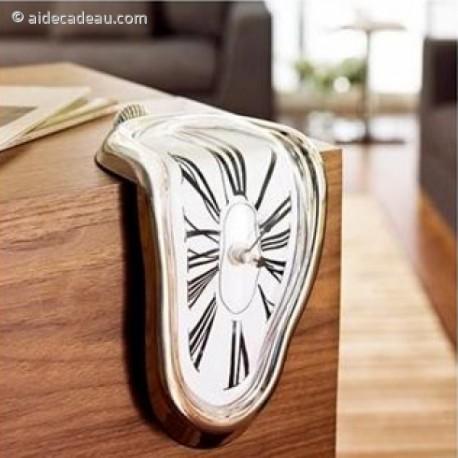 horloge coulante Salvador Dali