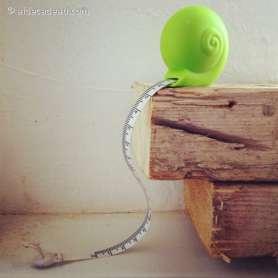 Mètre-mesureur escargot porte-clés