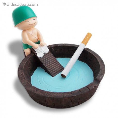Cendrier petit soldat au lavoir