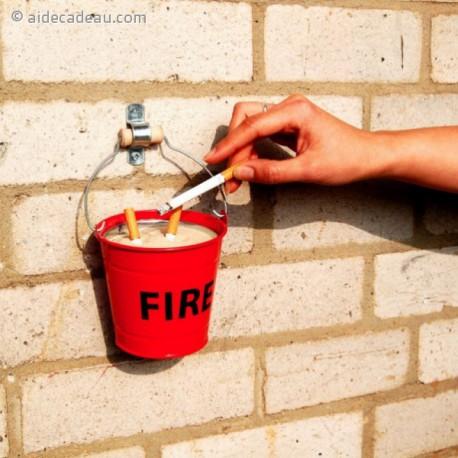 Cendrier FIRE en forme de  seau de pompier