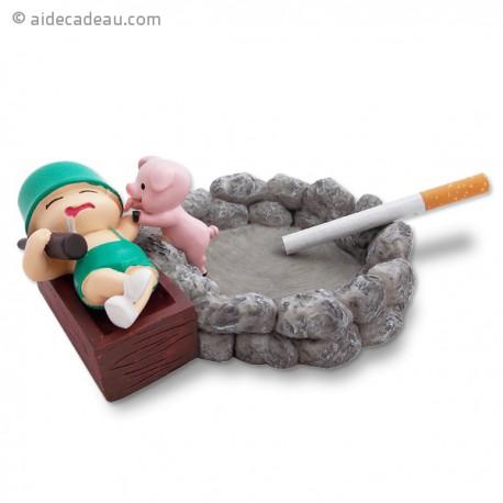 Cendrier petit soldat  bunker et petit cochon