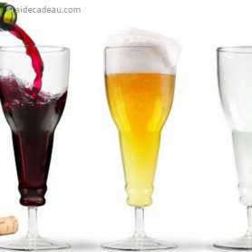 Chope en forme de bouteille inversée de bierre