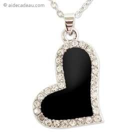 Le collier cœur noir et strass