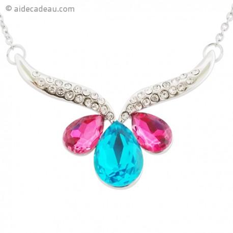 Collier avec un pendentif pierres bleu et rose