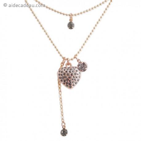 Collier avec deux chaines et un pendentif en cœur