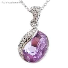 Superbe collier pendentif argenté, chaînes forçat, à cristal mauve