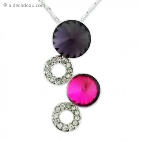 Collier argenté à pendentif brillant et coloré