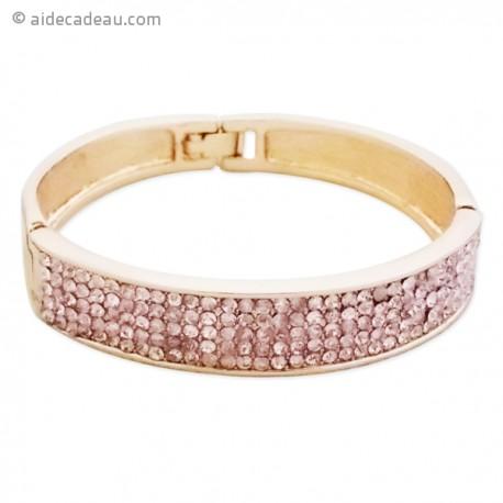 Bracelet doré large avec strass roses