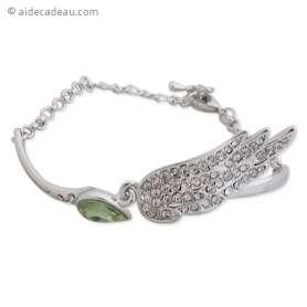 Bracelet argenté avec aile en strass et faux cristal vert