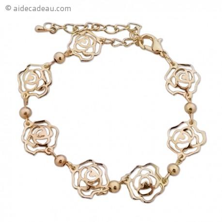 Bracelet doré de fleurs de rose et de petites boules rondes