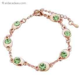Bracelet doré, bijoux ovales avec des faux cristaux verts