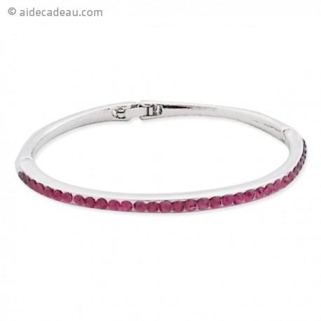 Bracelet rigide décoré de strass de couleur magenta