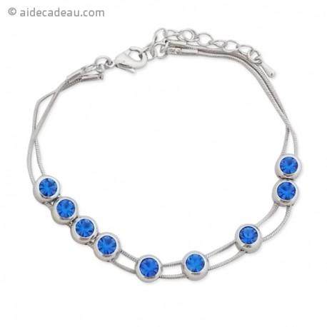Bracelet à 9 faux cristaux bleus