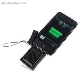Chargeur solaire iPhone 3G, 3GS, 4, 4S, et iPod
