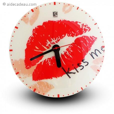 Horloge murale kiss me - embrasse moi