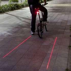 Feux pour vélo projection laser de deux bandes piste cyclable