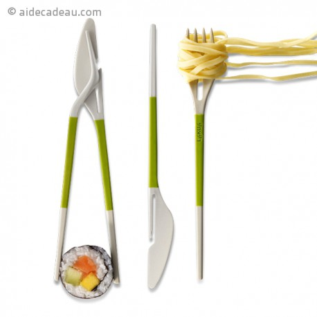Couteau fourchette et baguettes chinoise