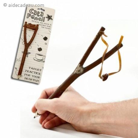 Crayon lance-pierre en bois