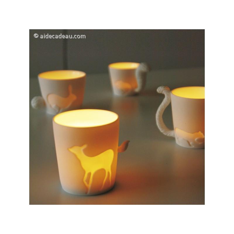 mug lapin avec une anse en forme de queue. Black Bedroom Furniture Sets. Home Design Ideas