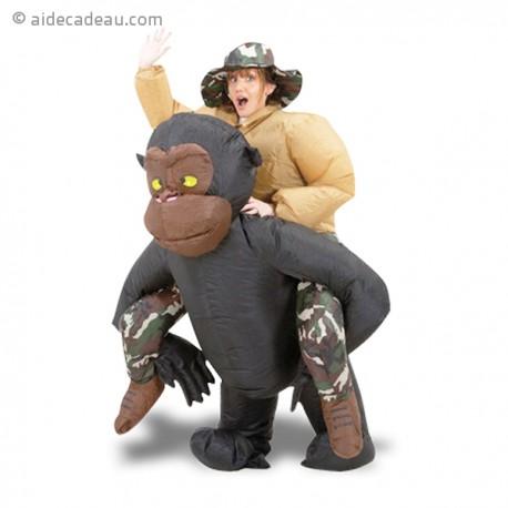 Costume gonflable aventurier sur le dos d 39 un gorille - Dessin d un gorille ...