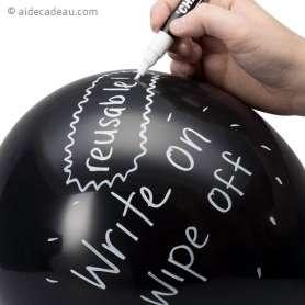Ballons ardoise noire avec craie