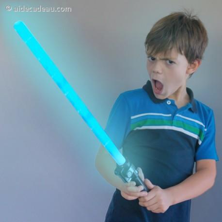 Sabre à effet laser et sonore