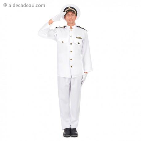 Costume d'un haut gradé de la Marine