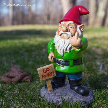 Nain de jardin avec le doigt d\'honneur - AideCadeau.com
