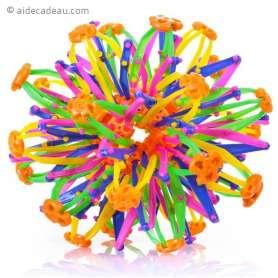 Balle à forme extensible à pièces colorées