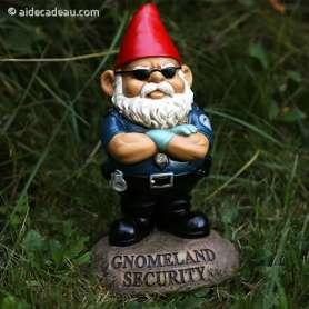 Gnome nain de jardin agent de sécurité