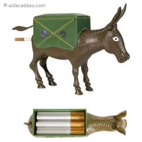 Distributeur de cigarettes humoristique en forme d'âne