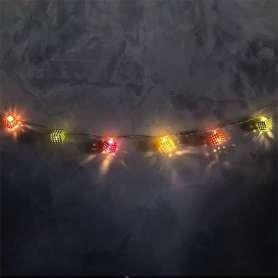 Guirlande décorative cubes LED colorés
