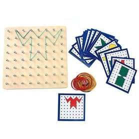 Jeu de reproduction Montessori sur cadre à clous