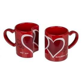 Tasses romantiques imbriquées cœurs rouges