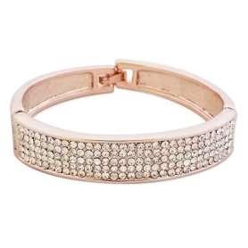 Bracelet de forme large avec décoration en strass blanc