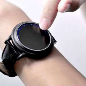 Montre tactile LED