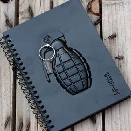 Carnet de notes 60 pages grenade en relief