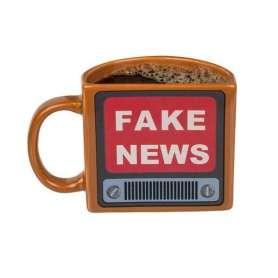 Tasse télé rétro fake news