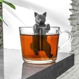 Infuseur à thé chat perché sur la tasse