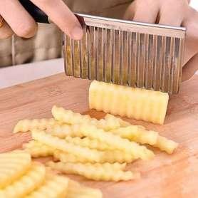 Couteau pour découpe de patates ondulées