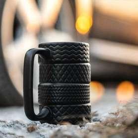 Tasse pneus superposés